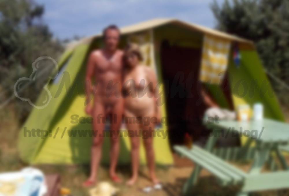 Sexy naked hippie couples