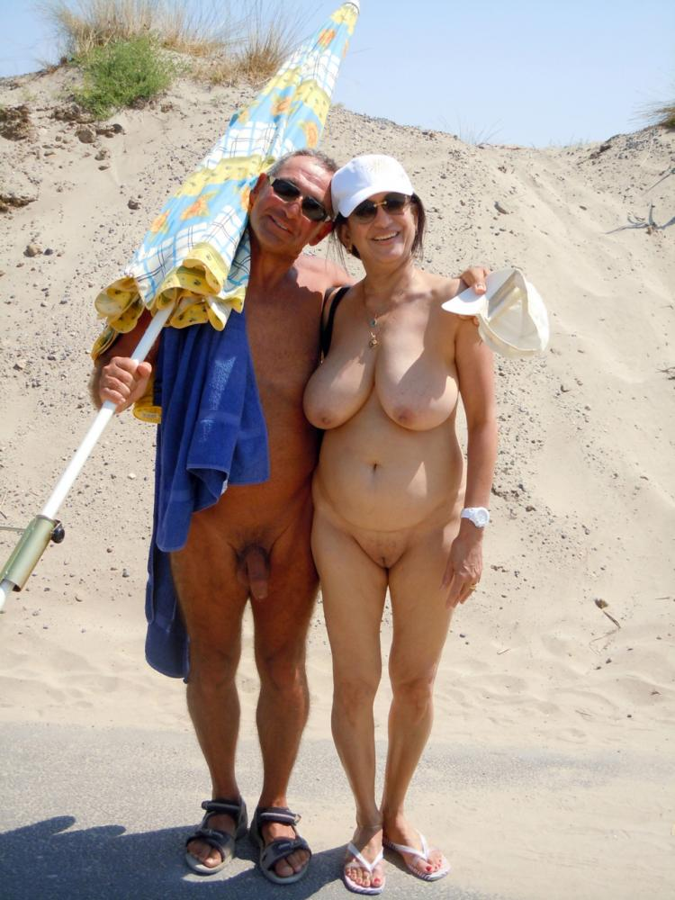 Groups of female nudist with big boobs — img 5
