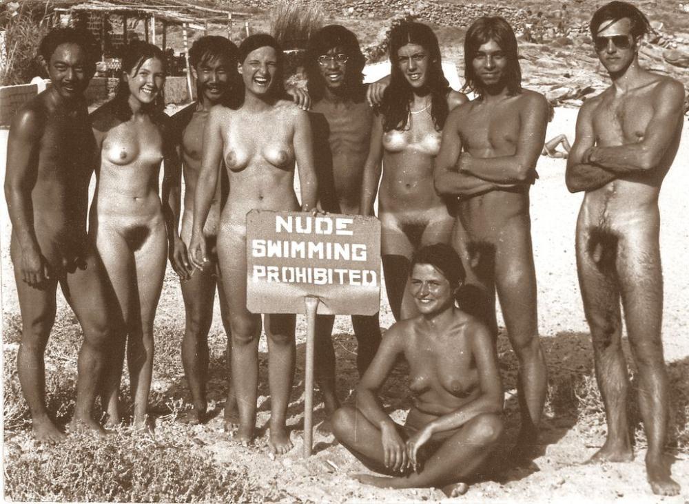 naked-cocks-together-jane-lynch-sex-tape