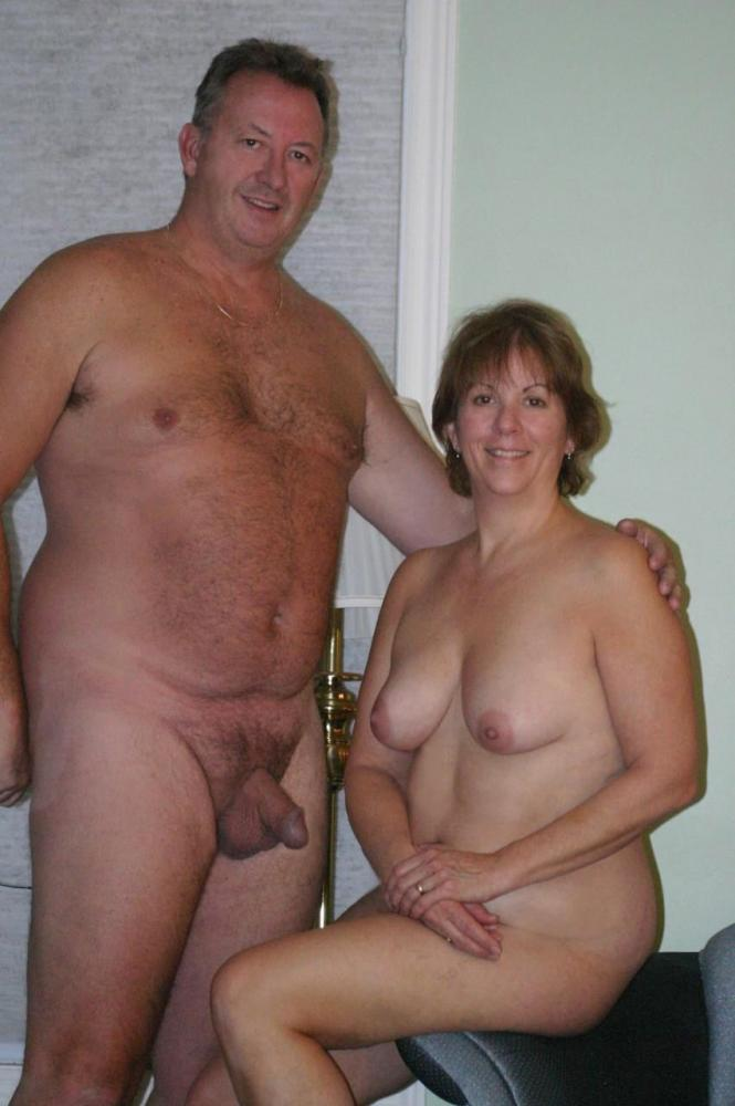 Group mature nude grannies