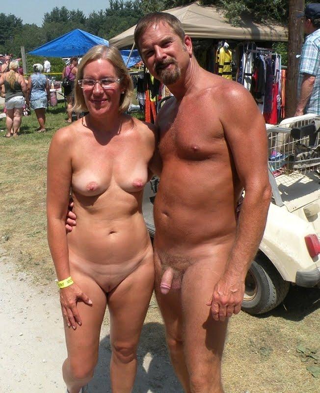 Фото голых пар на пляже