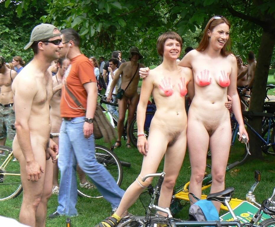 nude woman fuck bike