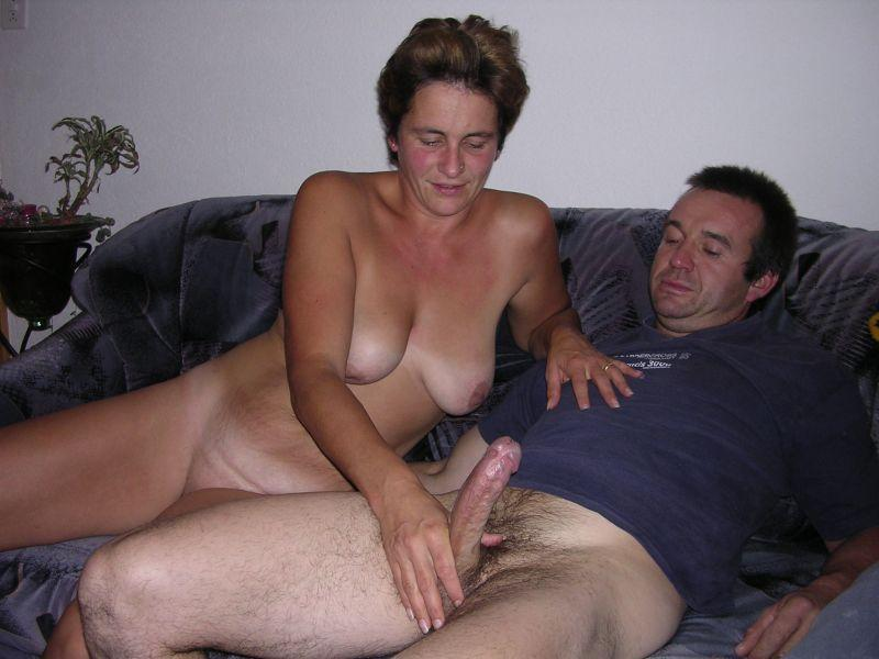 Amateur milf fingered fucked friends