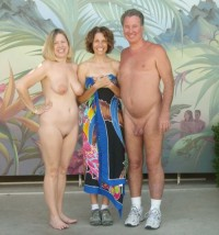naked parents showing mom's huge nipples on saggy tits and trimmed