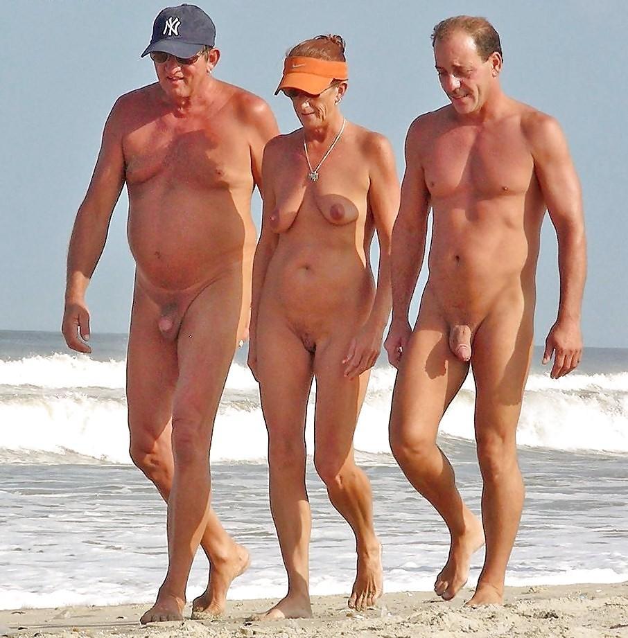 Голые Члены На Нудистском Пляже - Нудизм И Натуризм