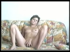 Fisting Mature lady in threesome fuck