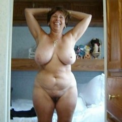 Czech Saggy Tits Showing Huge Sagging Breasts